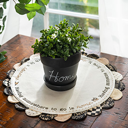 How to Make a Scalloped Table Topper