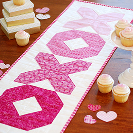 How to Make the Hugs and Kisses Table Runner
