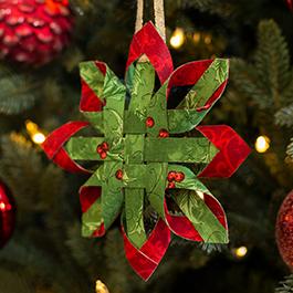 How to Make a No-Sew Scandinavian Star Ornament