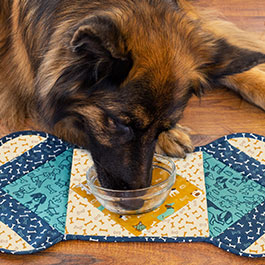 How to Make a Quilt As You Go Dog Placemat